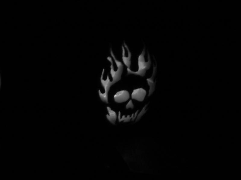 GraphicsByLiz_HalloweenSkull_Aug2008